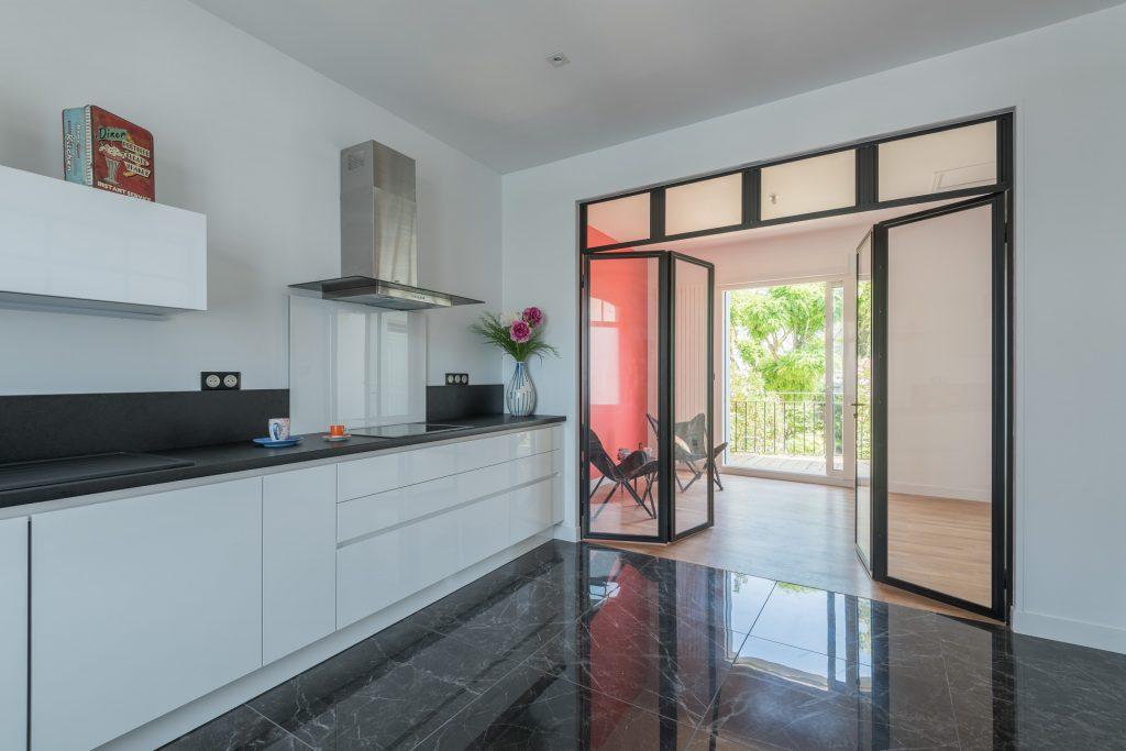 architecte la rochelle brisesoleil fixe terrasses de mirande la rochelle architecte arcature j. Black Bedroom Furniture Sets. Home Design Ideas